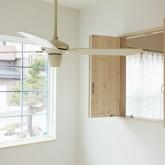 注文住宅 かっこいい工務店 福井建設の家 施工例1j 吹き抜け 窓