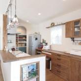 注文住宅 かっこいい工務店 輸入住宅 ブレス 施工例3 造作キッチン