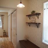 注文住宅 かっこいい工務店 オーダーメイド ミューズ建築工房 施工例6  パウダールーム トイレ ワークスペース 造作棚