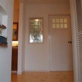 注文住宅 かっこいい工務店 オーダーメイド ミューズ建築工房 施工例7 エントランスホール アイアン飾り窓