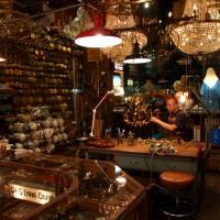atelier366 アンティークランプのリペアとシャンデリア製作の工房