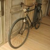 注文住宅 かっこいい工務店 インテリア boiserie ボワズリー アンティーク 自転車