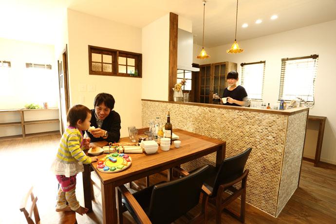 注文住宅 かっこいい工務店 輸入住宅 ブレス 施工事例 プロヴァンススタイル ダイニングキッチン