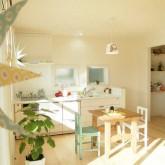 注文住宅 かっこいい工務店 鹿児島 ミューズ建築工房 かわいい家 オーダーメイド 施工例11 リビング 無垢フローリング