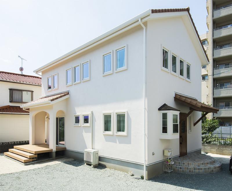 注文住宅 かっこいい工務店 熊本 ブレス ブレスホーム 施行例24 プロヴァンス 外観 塗り壁
