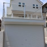 注文住宅 かっこいい工務店 東京 輸入住宅 ジェイプラン 施工例11 カリフォルニアスタイル サーファーズハウス ラップサイディング アメリカンガレージ アメリカンフェンス