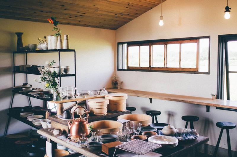 注文住宅 かっこいい工務店 インテリア わざわざ wazawaza パンと日用品のお店 長野県東御市御牧原 4つのコンセプトで選んだ雑貨