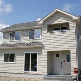 注文住宅 かっこいい工務店 宮城 富樫工業 施工例42 北米 アメリカンスタイル 外観 ラップサイディング2