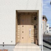 注文住宅 かっこいい工務店 宮城 富樫工業 トガシホーム 施工例 44 ナチュラルモダン エントランス