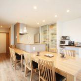 注文住宅 かっこいい工務店 岡山 アイム・コラボレーション アイムの家 施工例3 自分たちだけでは考えられなかった、理想を叶えてくれた平屋建ての家 ダイニング&キッチン