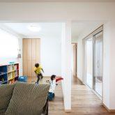 注文住宅 かっこいい工務店 岡山 アイム・コラボレーション アイムの家 施工例3 自分たちだけでは考えられなかった、理想を叶えてくれた平屋建ての家 リビング&子ども部屋