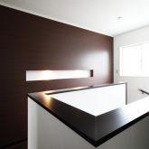 注文住宅 かっこいい工務店 岡山 アイム・コラボレーション アイムの家 施工例5 階段ホールが家の中心で回遊できる動線 2階廊下