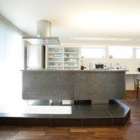 注文住宅 かっこいい工務店 岡山 アイム・コラボレーション アイムの家 施工例8 キッチンを空間のメインステージ キッチン