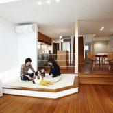 注文住宅 かっこいい工務店 岡山 アイム・コラボレーション アイムの家 施工例9 ゼロエネルギー住宅 zeh リビング 小上がりの和室