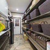 注文住宅 かっこいい工務店 福岡 不動産プラザ 施工例14 プロヴァンス キッチン パントリー