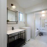 注文住宅 かっこいい工務店 岡山 アイム・コラボレーション アイムの家 施工例15 ゼロエネルギー住宅 脱衣所 洗面化粧台