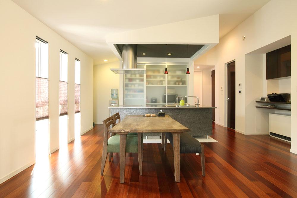 注文住宅 かっこいい工務店 岡山 アイム・コラボレーション アイムの家 施工例16 二世帯住宅 2階 子世帯 LDK