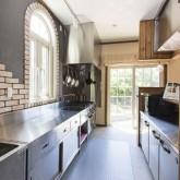 注文住宅 かっこいい工務店 不動産プラザ 施工例2f システムキッチン