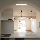 注文住宅 かっこいい工務店 福井建設の家 施工例5h アイランドキッチン アーチ下り壁