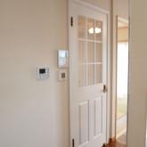 注文住宅 かっこいい工務店 福井建設の家 施工例8d 木製ドア