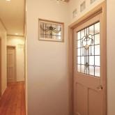注文住宅 かっこいい工務店 ハウスデザイン Ie Plan イエプラン 施工例4e ステンドグラス 木製ドア