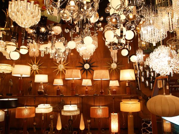 redrock モダンテイストの照明器具のセレクトショップ 東京都目黒区中目黒 レッドロック 店内1