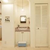 住宅 古川工務店 施工例15 プロヴァンススタイル 造作洗面 モザイクタイル