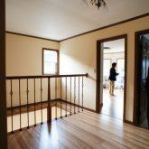 注文住宅 かっこいい工務店 静岡 輸入住宅 施工例11 コッツウォルズ 2階ホール キャットウォーク