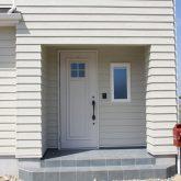 注文住宅 かっこいい工務店 宮城 富樫工業 施工例42 北米 アメリカンスタイル エントランスポーチ