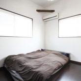 注文住宅 かっこいい工務店 岡山 アイム・コラボレーション アイムの家 施工例2 暮らしの利便性を優先した都市型ライフスタイル 、コンパクトな敷地をいかした3階建ての家 3階 主寝室 ベッドルーム