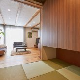 注文住宅 かっこいい工務店 岡山 アイム・コラボレーション アイムの家 施工例13 天井の梁を生かしたスマートでオープンなリビング空間がある家 和室