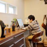 注文住宅 かっこいい工務店 岡山 アイム・コラボレーション アイムの家 施工例14 プライベートな裏庭のあるリビング、 コーディネーターと一緒につくる家 書斎