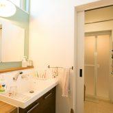 注文住宅 かっこいい工務店 熊本 ブレス ブレスホーム 施工例 28 ゼロエネルギー住宅 耐震等級3 シンプルモダン 木の温もりとインダストリアル融合 造作の洗面化粧台
