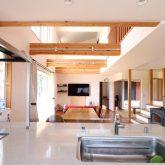 注文住宅 かっこいい工務店 鹿児島県 日置市 西郷建築 大工と創る家 施工例1 キッチン オープンキッチン