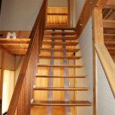 注文住宅 かっこいい工務店 宮城県 富樫工業 トガシホーム 施工例 55邸 和モダン 吹き抜け 木製階段 2