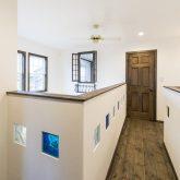 注文住宅 かっこいい工務店 福岡 不動産プラザ 施工例14 プロヴァンス 2階ホール