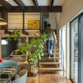 注文住宅 かっこいい工務店 規格住宅 熊本 ブレス 施工例33 熊本県熊本市南区薄場 シンプルモダン リビング ストリップ階段