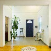 注文住宅 かっこいい工務店 福岡 不動産プラザ 施工例17 サーファーズハウス 玄関ホール