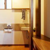 注文住宅 かっこいい工務店 岡山 アイム・コラボレーション アイムの家 施工例23 平屋のような佇まいの二世帯住宅 トイレ