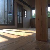 注文住宅 かっこいい工務店 三重県 桑名市 家作店 辰屋 新築 施工例2 リビング 無垢 フローリング