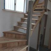 注文住宅 かっこいい工務店 三重県 桑名市 家作店 辰屋 新築 施工例1 木製 階段 2