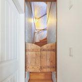 注文住宅 かっこいい工務店 古川工務店 施工例42 プロヴァンス 猫と共に生きるとっておきの家 屋根裏部屋 階段