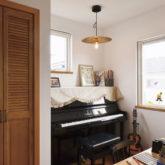 注文住宅 かっこいい工務店 埼玉 古川工務店 施工例43 ブルックリン 寝室 ピアノ