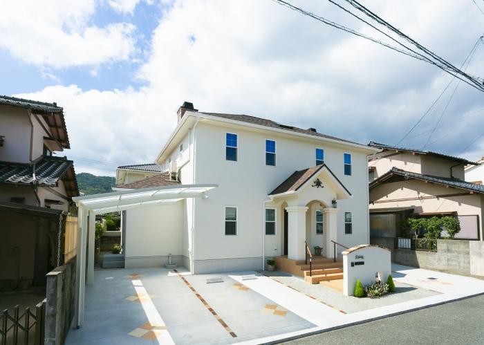 注文住宅 かっこいい工務店 福岡 不動産プラザ 施工例22 プロヴァンス 外観 塗り壁