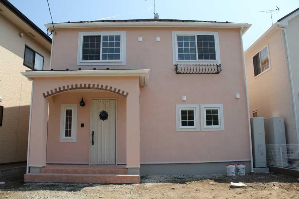 注文住宅 かっこいい工務店 宮城県 富樫工業 トガシホーム 施工例76 プロヴァンス ピンク 塗り壁