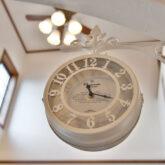 注文住宅 かっこいい工務店 宮城県 富樫工業 トガシホーム 施工例78 プロヴァンス リビング 吹き抜け 時計