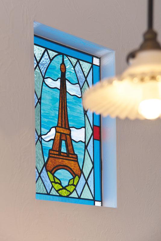 注文住宅 かっこいい工務店 宮城県 富樫工業 トガシホーム 施工例78 プロヴァンス ステンドグラス